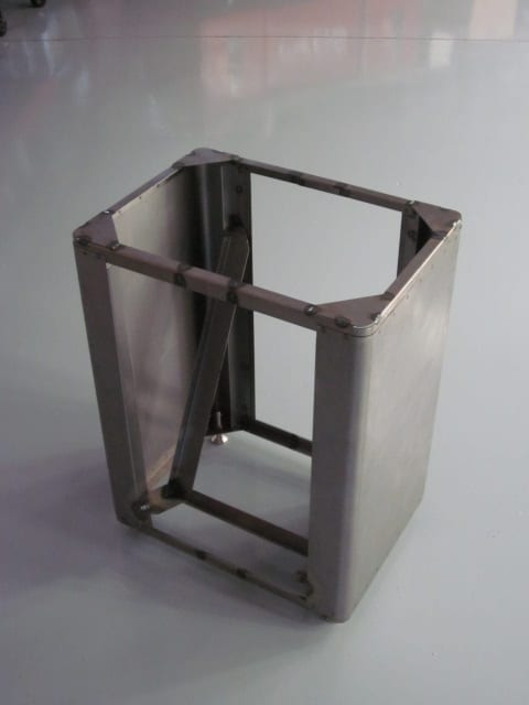 TEMPORARILY OUT OF STOCK !! Reproduction Stand for the Progress Carry Cooler