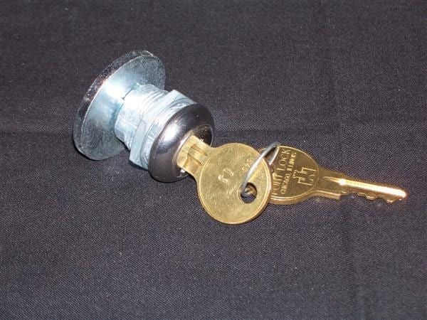 "Replacement Round Lock with 1-1/4"" Diameter Cam for Vendo & Cavalier Models"
